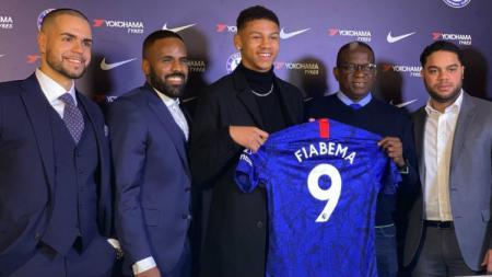 Bryan Fiabema menjadi pembelian perdana klub Liga Inggris Chelsea di bawah arahan Frank Lampard usai larangan transfer dari FIFA dicabut - INDOSPORT