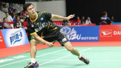 Indosport - Tunggal putra Indonesia, Shesar Hiren Rhustavito, melawan wakil India, Srikanth Kidambi, pada babak pertama Indonesia Masters 2020 di Istora Senayan, Rabu (15/01/20)
