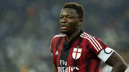 Berikut tersaji enam pemain sepak bola yang pernah menikmati karier mereka di dua raksasa Serie A Liga Italia, yaitu Inter Milan dan AC Milan. - INDOSPORT