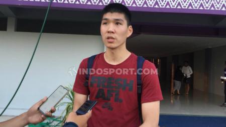 Bek asing Persita Tangerang, Tamirlan Kozubaev secara resmi telah menandatangani kontrak dan diperkenalkan ke publik jelang Liga 1 2020. - INDOSPORT