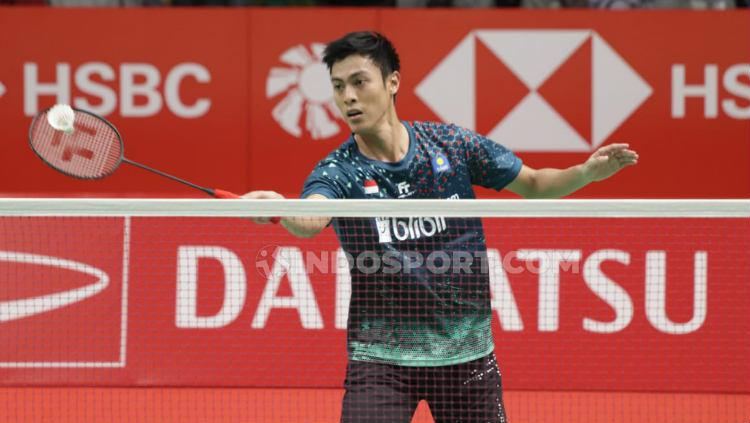 Shesar Hiren Rhustavito di babak kedua Indonesia Masters 2020 melawan Viktor Axelsen. Copyright: Roihan Susilo Utomo/INDOSPORT