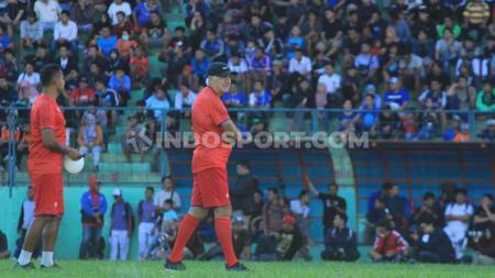 Latihan perdana Arema FC menjelang Liga 1 2020 dipimpin pelatih Mario Gomez di Stadion Gajayana. - INDOSPORT