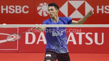 Pebulutangkis Jonatan Christie akan langsung berhadapan dengan lawan berat asal Singapura, yakni Loh Kean Yew di babak pertama Swiss Open 2020 - INDOSPORT