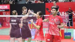 Indosport - Ganda campuran Prancis, Thom Gicquel/Delphine Delrue, kalahkan Praveen Jordan/Melati Daeva Oktavianti di perempatfinal Indonesia Masters 2020, Jumat (17/01/20).
