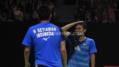 Indosport - Mohammad Ahsan/Hendra Setiawan sukses melaju ke babak semifinal Indonesia Masters 2020 usai menumbangkan wakil Chinese Taipei, Lee Yang/Wang Chi-Lin, Jakarta, JUmat (17/01/20).