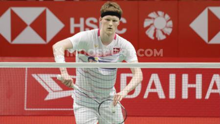 Anders Antonsen (Denmark) mengalahkan Jonatan Christie di perempatfinal Indonesia Masters 2020. - INDOSPORT