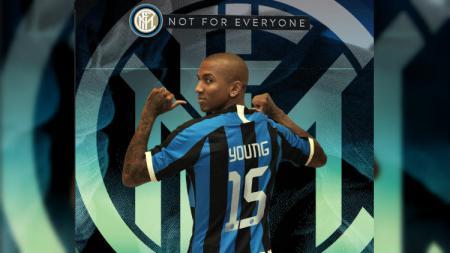 Dua rekrutan anyar Inter Milan, Ashley Young dan Victor Moses, akan hadir dalam pertandingan sepak bola pekan ke-21 Serie A Liga Italia melawan Cagliari. - INDOSPORT