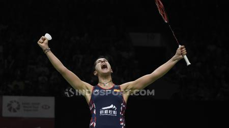 Ekspresi bahagia pebulutangkis Spanyol, Carolina Marin usai berhasil memastikan tiket ke final Indonesia Masters 2020. - INDOSPORT