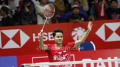 Indosport - Anthony Sinisuka Ginting sukses meraih kemenangan untuk Indonesia usai menumbangkan Heo Kwang Hee (Korea Selatan) di Badminton Asia Team Championships 2020