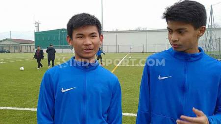 Penggawa Garuda Select III, Edgar Amping (kiri) kini dipercaya mengemban kapten tim. - INDOSPORT