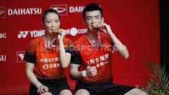 Indosport - Zheng Siwei/Huang Yaqiong sukses menjadi juara Indonesia Masters 2020 usai kalahkan rekan senegara.