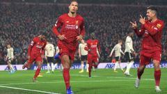 Indosport - Virgil van Dijk (Liverpool) adalah salah satu bek termahal di dunia saat ini.