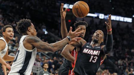 Berikut rekap hasil pertandingan NBA 2019/2020 hari ini, Selasa (03/03/20) pagi WIB. Miami Heat mampu atasi perlawanan Milwaukee Bucks. - INDOSPORT