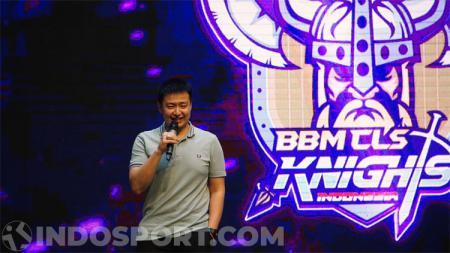Christopher Tanuwidjaja memberikan tantangan untuk tim BBM ClS Knights. - INDOSPORT