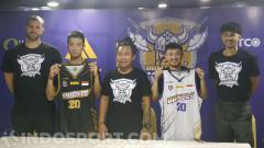 Indosport - Tim BBM CLS Knights sebelum ikut Thailand Basketball Super League (TBSL) 2020.