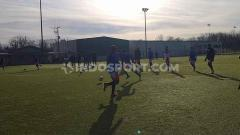 Indosport - Penggawa Garuda Select melakukan latihan terakhir jelang menghadapi Inter Milan