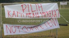 Indosport - PSS Sleman akhirnya menggelar latihan perdana menuju Liga 1 2020 di Lapangan Yogyakarta Independent School (YIS), Sleman, Selasa (21/01/20) sore.