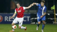 Indosport - Yevhen Budnik (kanan) saat masih bermain untuk klub Eropa, FC Slovan Liberec