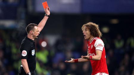 Momen David Luiz dikartu merah dalam laga Liga Inggris, Chelsea vs Arsenal. - INDOSPORT