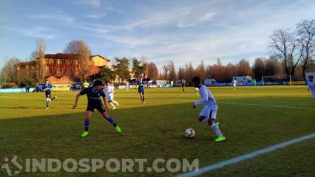 Striker muda Bagus Kahfi memberikan respons usai Garuda Select II kandas dari Inter Milan U-17 dengan skor 3-2, Rabu (22/01/20) waktu setempat. - INDOSPORT