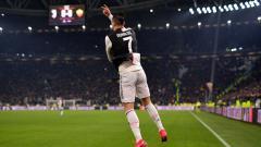 Indosport - Mid-air Pirouette adalah selebrasi ikonik milik bintang Juventus, Cristiano Ronaldo, yang gemar dia perlihatkan usai menjebol gawang lawan.