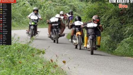Parodi MotoGP 2020 karya anak Indonesia di Desa Tanah Datar ,Indragiri Hulu (Inhu), Riau. - INDOSPORT