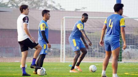 Pelatih Bhayangkara FC, Paul Munster, buka suara soal pekerjaan rumah yang harus diselesaikan timnya usai kalahkan Borneo FC di Piala Menpora. - INDOSPORT