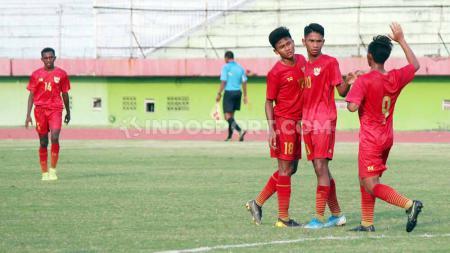Jalani laga ujicoba perdana, Timnas Indonesia U-16 harus menelan kekalahan dari Uni Emirat Arab U-16 dengan skor tipis 2-3, Rabu (21/10/2) di Dubai. - INDOSPORT