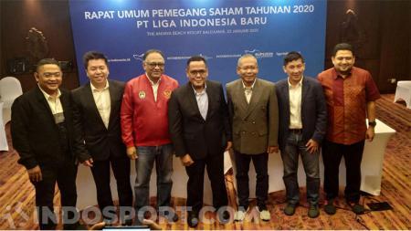 Gelontoran denda yang dijatuhkan komite disiplin (Komdis) PSSI mulai dikeluhkan klub-klub Liga 1 dalam Rapat PT LIB di Bali. - INDOSPORT