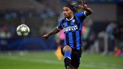 Indosport - Pemain sepak bola Inter Milan yang resmi dipinjamkan ke Newcastle United, Valentino Lazaro, secara tidak langsung merendahkan Serie A Liga Italia.