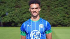 Indosport - Bek Wigan Athletic, Antonee Robinson dikabarkan membuat AC Milan tertarik di bursa transfer musim dingin 2020.