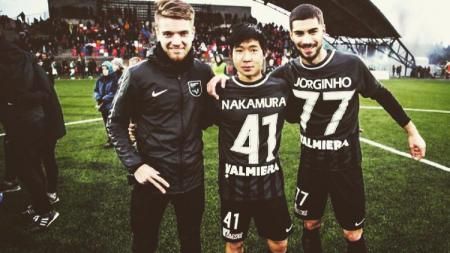 Pada kenyataannya kalau rangking dunia Persela Lamongan jauh lampaui eks klub Eropa Shunsuke Nakamura, yakni Valmiera FK (Latvia). - INDOSPORT