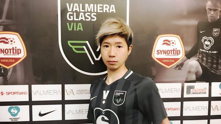 Pemain asal Jepang Shunsuke Nakamura yang dirumorkan gabung ke Persela Lamongan. Copyright: Twitter/@nakashun0516