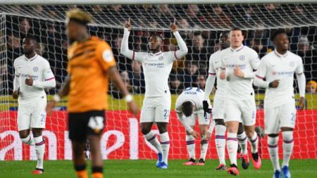 Michy Batshuayi merayakan golnya pada pertandingan Piala FA antara Hull City vs Chelsea, Minggu (26/01/20) dini hari WIB. - INDOSPORT
