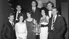 Indosport - Sekilas tentang istri pemain Liverpool (1960).