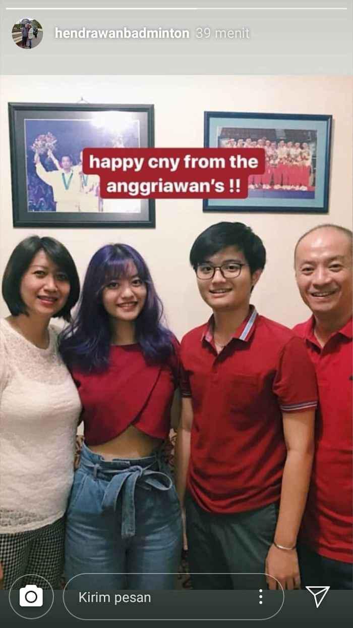 Hendrawan merayakan Imlek bersama keluarganya. Copyright: Instagram @hendrawanbadminton