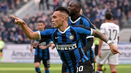 Usai dipastikan tampil di Liga Champions musim depan, Manchester City langsung gerak cepat mengincar 4 pemain, termasuk Lautaro Martinez dari Inter Milan. - INDOSPORT