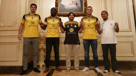 Barito Putera resmi mendatangkan tiga pemain baru jelang Liga 1 2020. - INDOSPORT