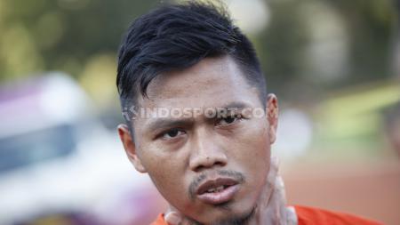 Pemain Persija Jakarta, Tony Sucipto menegaskan siap mengarungi Liga 1 2020 setelah menjalani persiapan matang bersama pelatih anyar, Sergio Farias. - INDOSPORT