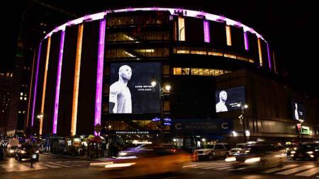 Legenda basket LA Lakers, Kobe Bryant meninggal akibat kecelakaan helikopter, mendapat penghormatan dari New York Knicks - INDOSPORT