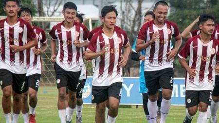 Klub promosi Liga 2 2020 asal Riau, KS Tiga Naga, terancam bakal menjadi tim musafir dalam musim pertama mereka di kasta kedua sepak bola Indonesia itu. - INDOSPORT