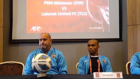 Pelatih PSM Makassar, Bojan Hodak, menitip 4 pesan penting kepada Willjan Pluim dkk. sebelum menghadapi Lalenok United pada leg kedua play-off Piala AFC 2020. - INDOSPORT