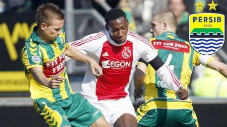 Eks Ajax Amsterdam, Geoffrey Castillion (tengah) dikabarkan bakal bergabung ke Persib Bandung pada bursa transfer Liga 1 2020. - INDOSPORT