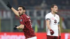 Indosport - Performa Menggila Hakan Calhanoglu, 'Kaka Turki' AC Milan yang Diincar Manchester United