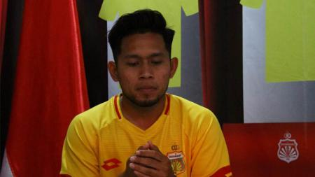 Laga Bhayangkara FC vs Persik Kediri di pekan kedua Liga 1 2020, Jumat (06/03/20) sore nanti di Stadion Brawijaya, Kediri jadi sorotan bagi pemain tim tamu, Andik Vermansah. - INDOSPORT