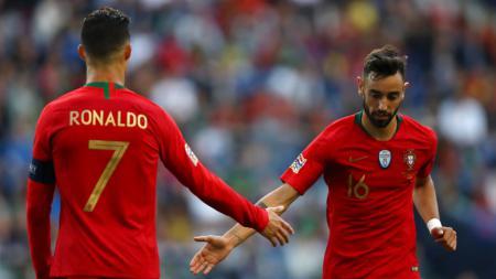 Sosok Cristiano Ronaldo nampak tak pernah hilang di Manchester United. Demi bisa dapatkan jasanya di Liga Inggris lagi, gunakan skema ini ke Bruno Fernandes. - INDOSPORT