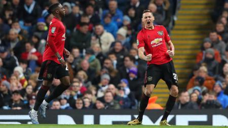 Rekap rumor transfer sepanjang Kamis (06/0/21), termasuk AS Roma yang diminta Jose Mourinho memburu pemain kesayangannya di Manchester United, Nemanja Matic. - INDOSPORT
