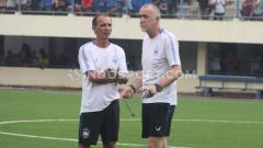 Indosport - Pelatih klub Liga 1, PSIS Semarang, Dragan Djukanovic.