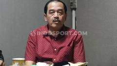 Indosport - Ketua KONI Jatim Erlangga Satriagung, memulangkan atletnya yang saat ini menggelar pemusatan latihan di China.
