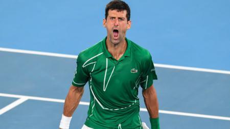 Novak Djokovic berhasil keluar sebagai juara Australia Terbuka 2020, usai mengalahkan petenis Austria, Dominic Thiem. - INDOSPORT